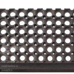 Ступенька (Проступь) со сквозными отверстиями 800х260х16 + Отвисающая часть 40 мм.