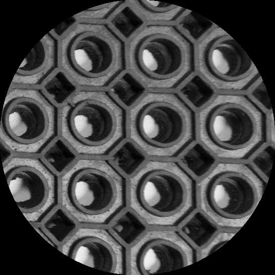 Покрытие резиновое со сквозными отверстиями