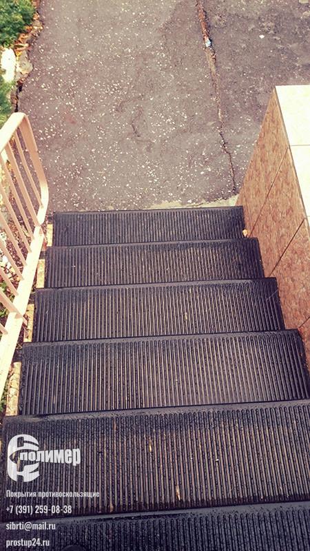 Большая проступь на лестнице