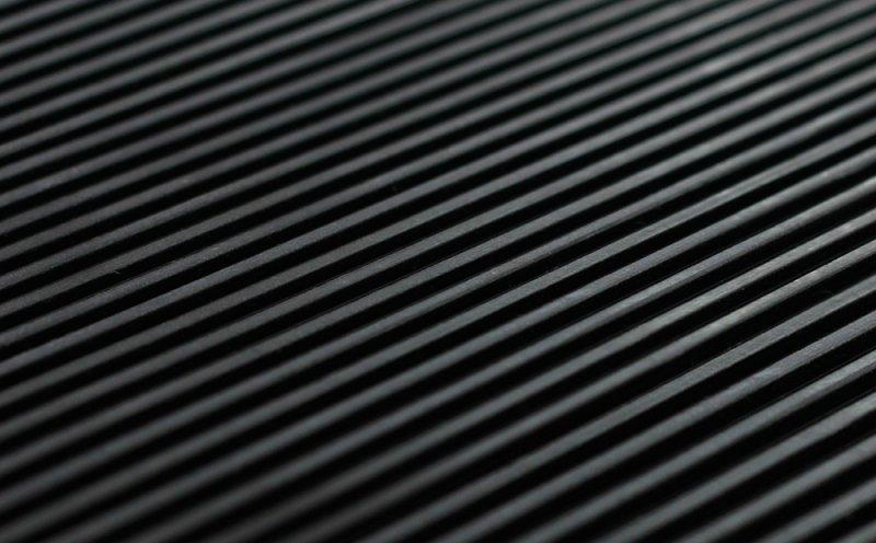 рифленое резиновое покрытие
