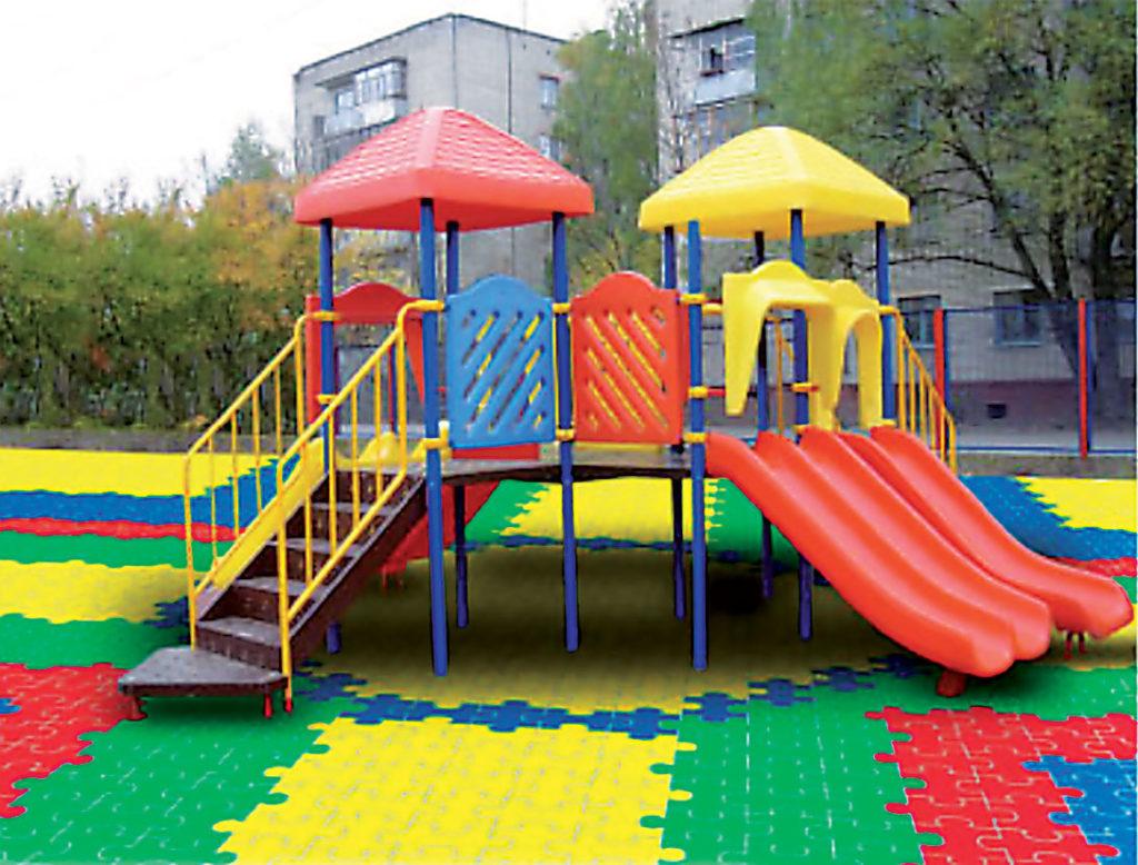 покрытие пазл на детской площадке