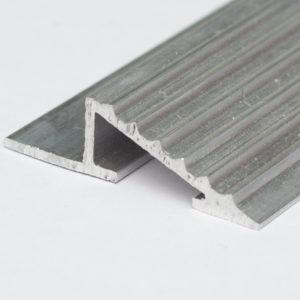 Порог для пола алюминиевый косой (H: 10/15/20мм) для обрамления высоких покрытий